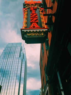 Nashville pizza sign