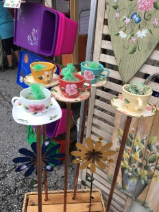 Garden teacups