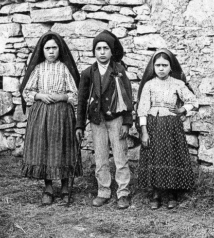 Lúcia Santos, Francisco and Jacinta Marto, 1917