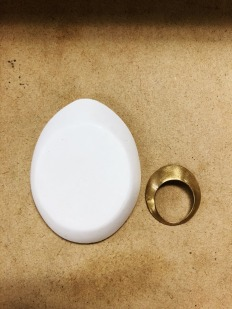 Sibio, Ring and Plaster